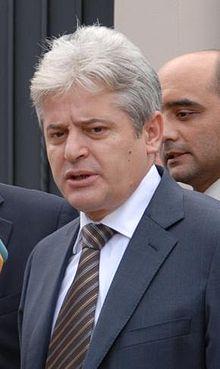Insurrection albanaise de 2001 en Macédoine 220px-Ali_Ahmeti