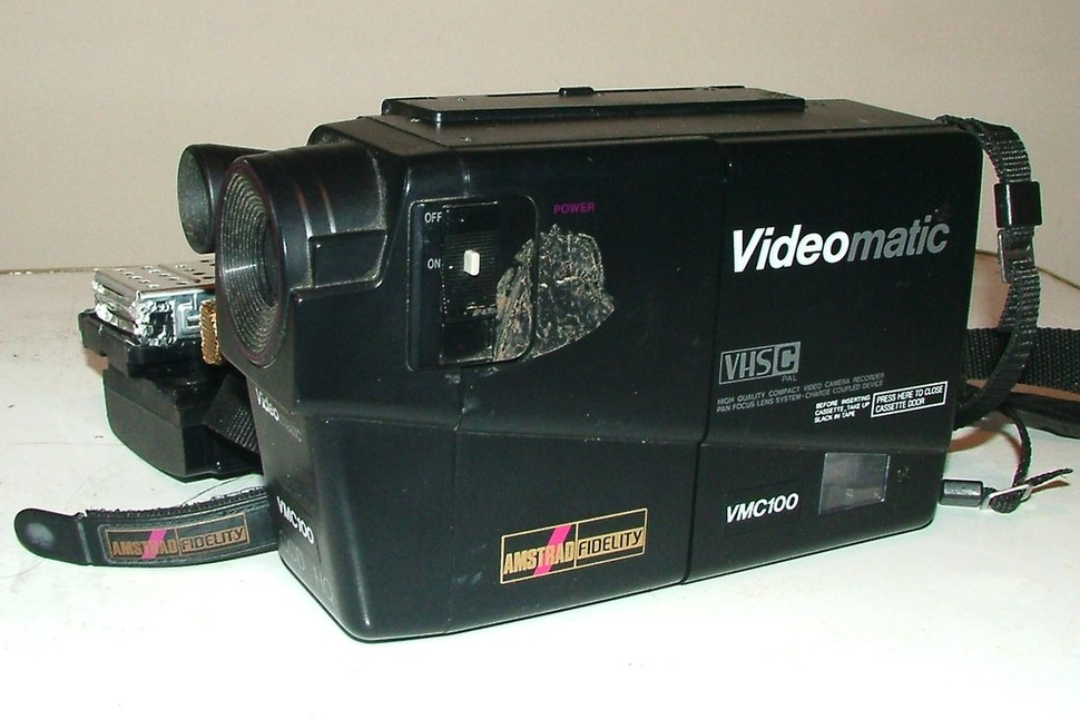 Amstrad VMC100 (Elsie esq)