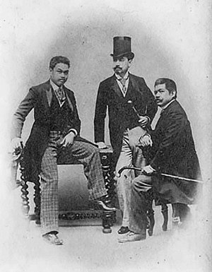 Antonio Luna - Luna with fellow reformists Eduardo de Lete (center) and Marcelo H. del Pilar (right). Photo was taken in Spain in 1890.