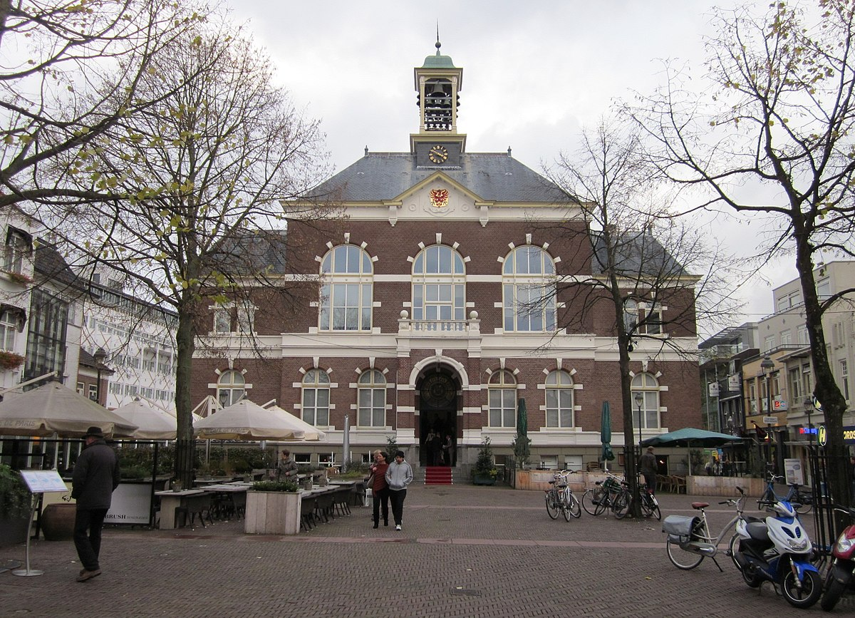 Town And Country Insurance >> Apeldoorn - Wikipedia