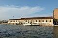 Area ferroviaria sul Canal Grande Venezia.jpg