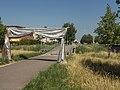 Arnhem-Rijkerswoerd, poort bij brugje eindhalte trolleybus foto4 2015-06-30 09.55.jpg
