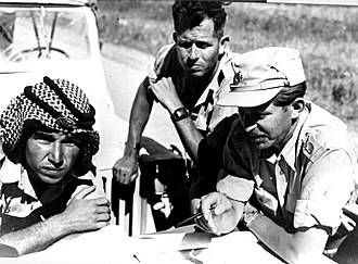 Asaf Simhoni -  Asaf Simhoni with Chaim Herzog and a Jordanian officer, set the Armistice Line, 1948