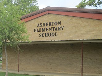 Asherton, Texas - Asherton Elementary School; older students attend high school in Carrizo Springs.
