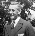 August Dickmann (1910–1939).png