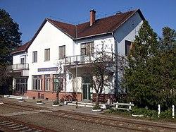 Bácsbokod-Bácsborsod vasútállomás.JPG