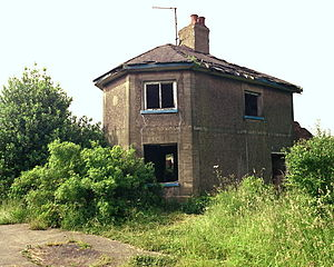 Bagworth - The incline-keeper's house at the top of Bagworth incline in 1985, before it was allowed to fall down.
