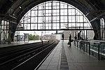 Bahnhof in Berlin 1.jpg