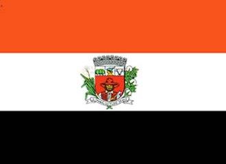 Triband (flag) - Image: Bandeira de Presidente Prudente