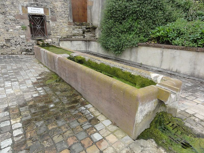 Bathelémont (M-et-M) fontaine St.Jean