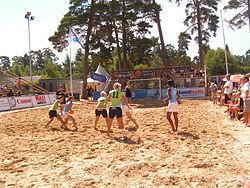 Match på Åhus-Beachhandboll Festival 2006.
