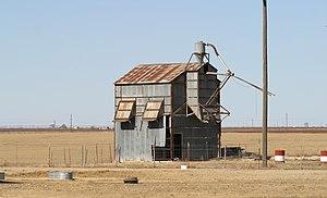 Becton, Texas - Image: Becton Texas farm building
