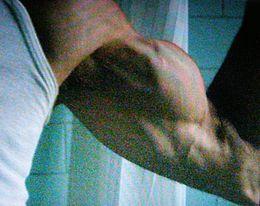 Con un braccio nel culo alexy e la milf pugliese - 1 part 3