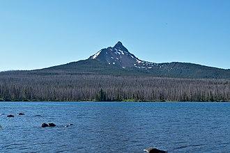 Mount Washington (Oregon) - One of the lakes in the Mount Washington Wilderness