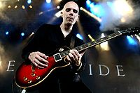 Billy Howerdel.jpg