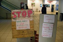 Blocage Paris8 Dec2007-4.JPG