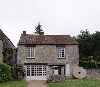 Boissy-la-Rivière - The town hall of Boissy-la-Rivière