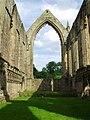 Bolton Abbey ruins - geograph.org.uk - 1806028.jpg
