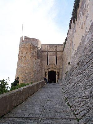 "Italian irredentism in Corsica - The ""Porta dei Genovesi"" in Bonifacio, a city where some inhabitants still speak a genoese dialect"