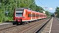 Bonn Oberkassel DB 425 592 RE8 Mönchengladbach Hbf (46897222221).jpg