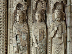Bourges Cathedral sculptures 003.JPG
