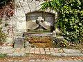 Boury-en-Vexin (60), fontaine, route de Vaudancourt 1.jpg