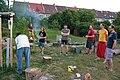 Brno-Medlánky, Přírodní zahrada u Medláneckého rybníka, wikisraz 2017-06-21 - zalévání lípy (1735).jpg