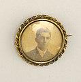 Brooch (USA), ca. 1890 (CH 18649899).jpg