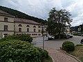 Brunnen und Kurgebäude 04.jpg