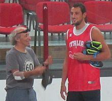 Bruno Arena insieme al cestista Marco Belinelli nell'agosto 2011