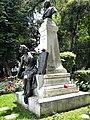 Bucuresti, Romania. Parcul Gradina Icoanei. STATUIA LUI G. C. CANTACUZINO (B-III-m-B-19968) (2).jpg