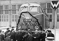 Bundesarchiv Bild 183-B0111-0016-001, Diesellok V 180 005 (BR V180), Fertigstellung.jpg