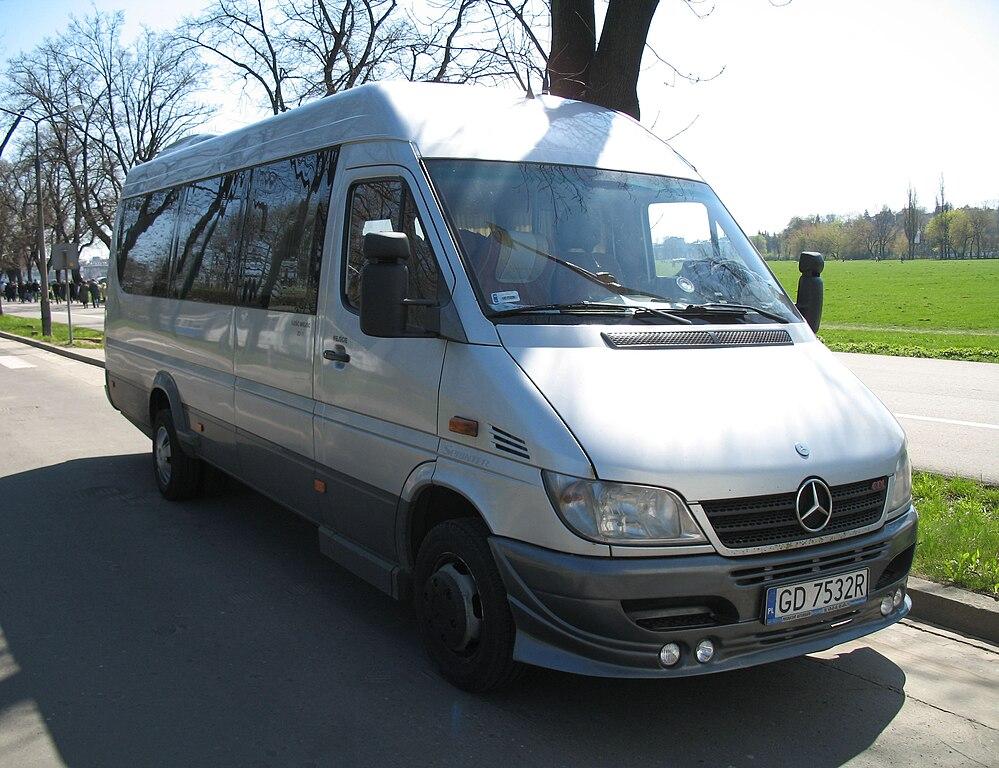 English bus prestige mercedes benz sprinter 413 cdi long for Prestige mercedes benz