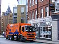 Bywaters Volvo Refuse compactor, Smithfield, LondoN EC1 - Flickr - sludgegulper.jpg
