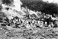 COLLECTIE TROPENMUSEUM De natuur-historische vereniging afdeling Bandoeng in de krater van de Kawah Wajang TMnr 10004056.jpg