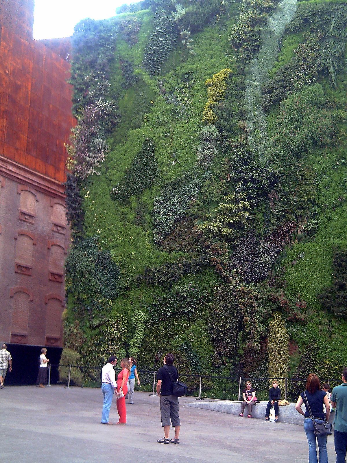 Pared de cultivo wikipedia la enciclopedia libre for Que es un jardin vertical