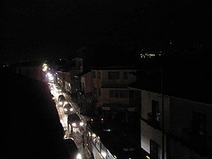 Power outage - Vehicle lights provide the only illumination during the 2009 Ecuador electricity crisis