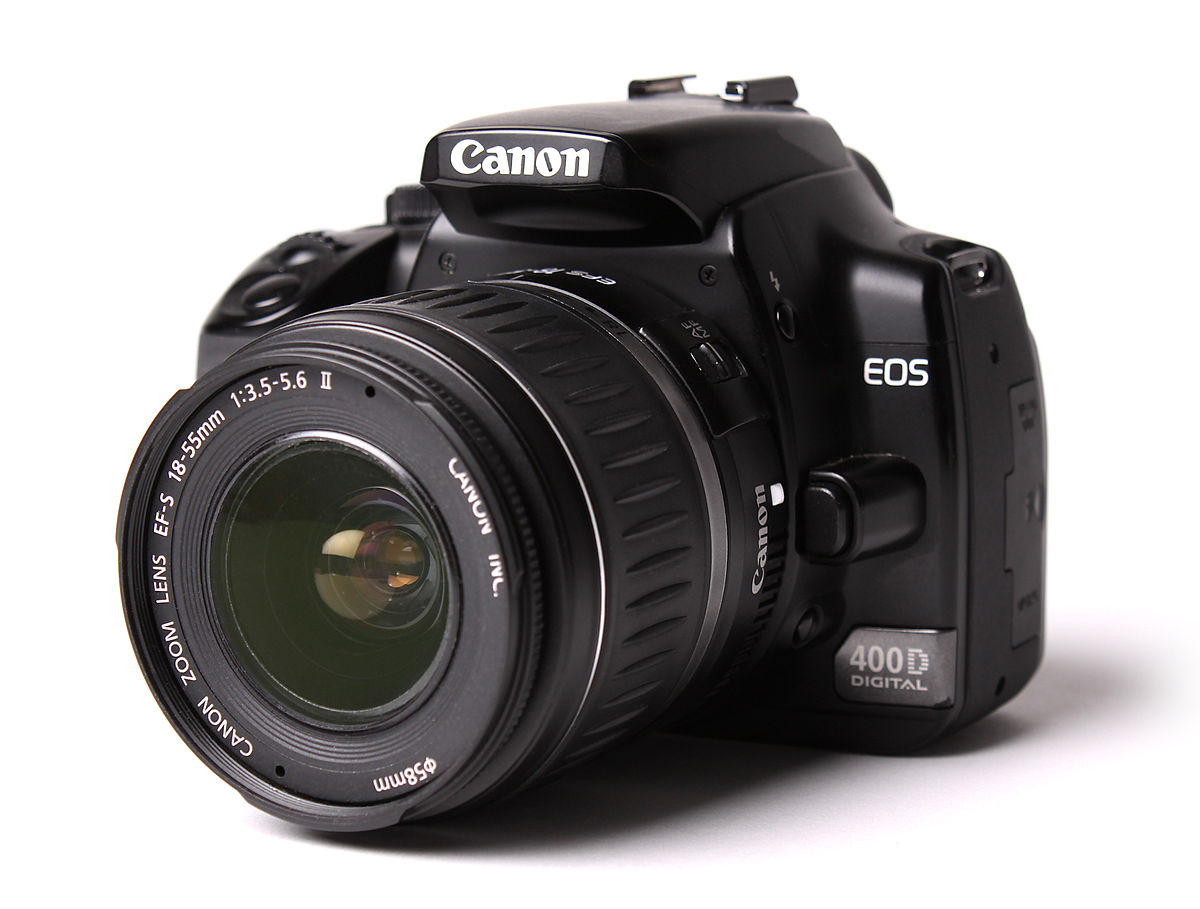 Canons 5D Mark IV has built-in Wi-Fi and shoots 4K video