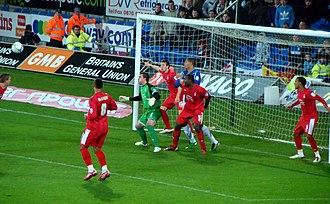 Lee Camp (footballer) - Lee Camp in the Nottingham Forest goal wearing green