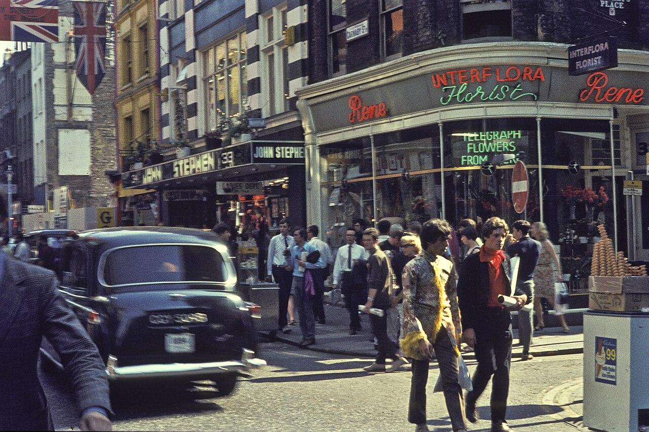 File Carnaby Street London In 1968 Jpg Wikimedia Commons