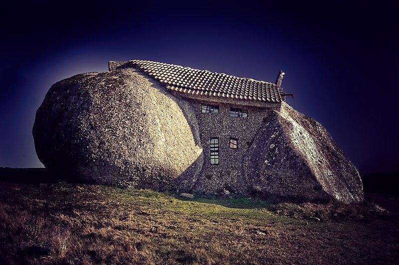 File:Casa da Pedra em Fafe 11.jpg