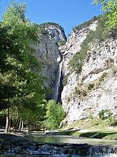 Cascade du Saint-Benoît sur les hauteurs d'Avrieux