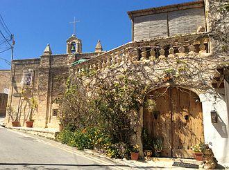 Wardija - Casino Mifsud and the Chapel of St. George