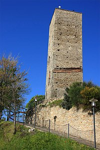 Cassinasco torre.jpg