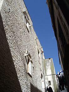 Casa dei cavalieri di malta wikipedia for Piani casa dei caraibi