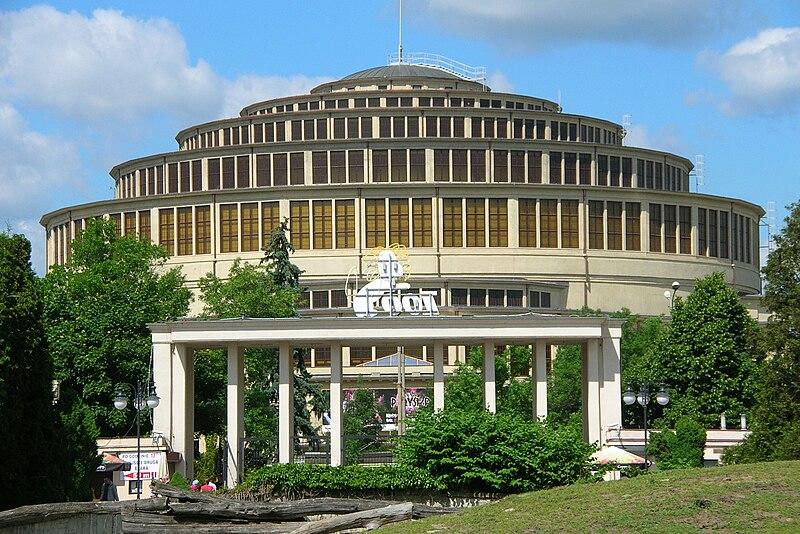 File:Centennial Hall in Wrocław and Zoo Wrocław 1.jpg