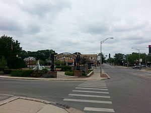 Westmont, Illinois - Image: Central Westmont