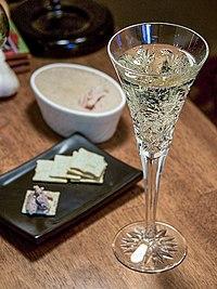 シャンパン wikipedia