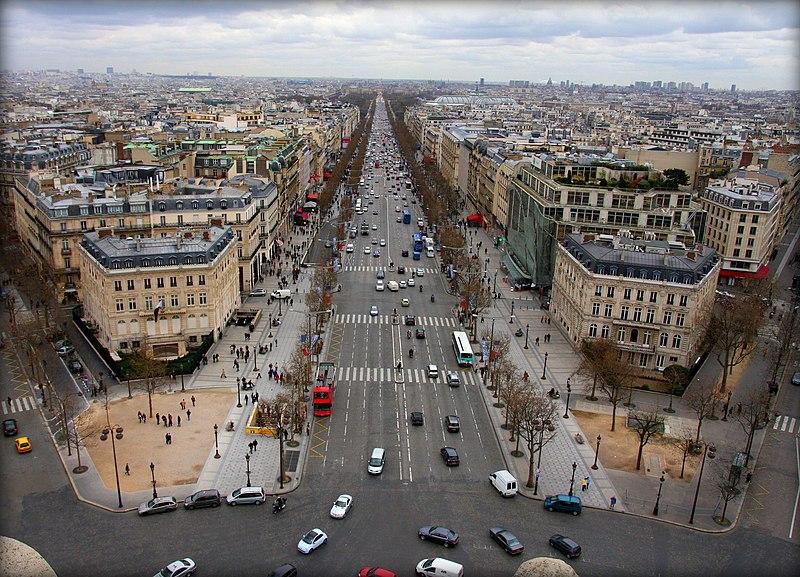 Súbor:Champs-Élysées from Arc de Triomphe.jpg