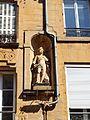 Charleville-FR-08-statuette immeuble 47 rue de la République-1.jpg
